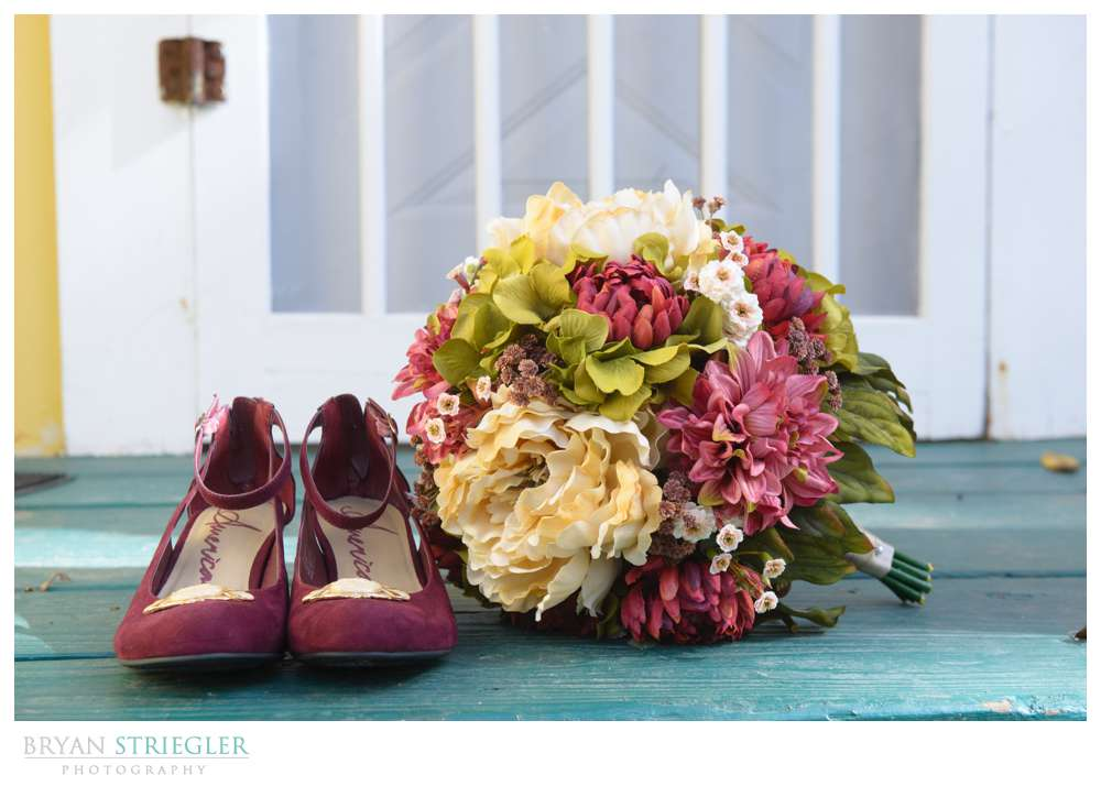 Eureka Springs Wedding Photographer flowers and shoes